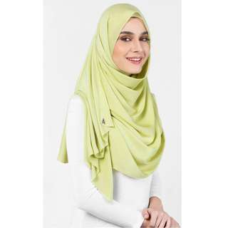 Duck Scarves: Matte Satin Silk Scarf in Honey Dew
