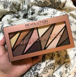makeup revolution london revoholiceyes palette