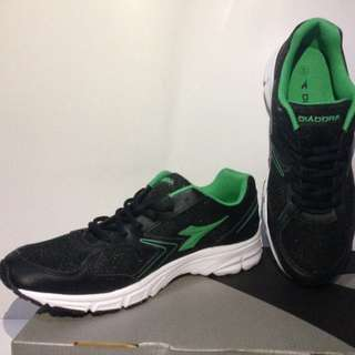 Diadora Chaz Black Green