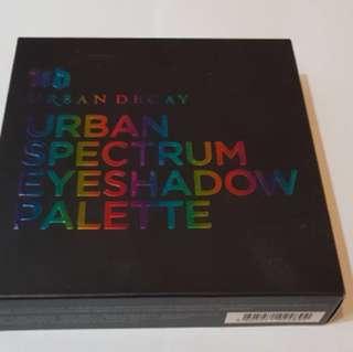 BNIB Urban Decay Urban Spectrum Eyeshadow Palette