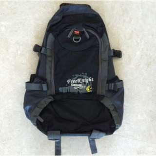 FreeKnight 30L Backpack