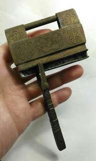 舊中國銅鎖