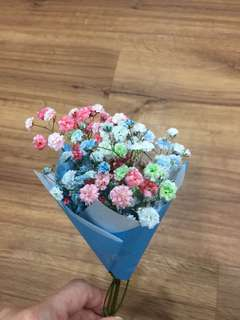 Mini baby breath flower bouquet