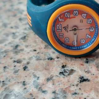 Adidas 小童手錶