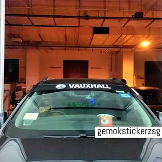 SUNSHADE WITH CUSTOM DECAL