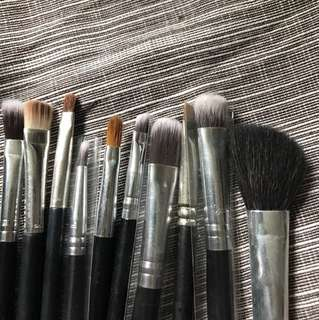 Makeup brushes 化妝掃全set 10x