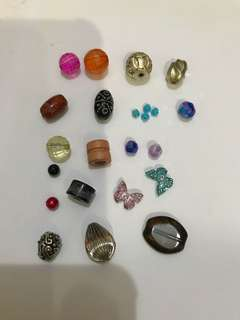 Beads / pendants