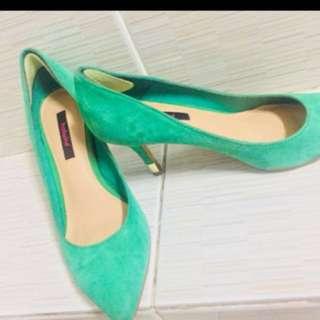 Hotwind heels