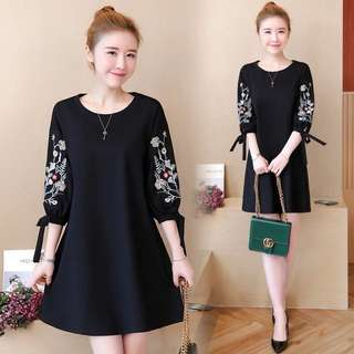 (L~5XL) Spring women's embroidery seven-sleeve dress by age