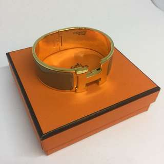 Hermes Bangle Clic Clac Enamel Gold Hardware (Beige)