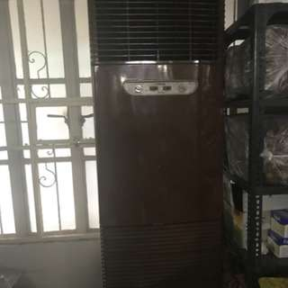 3TR AIRCON GREAT CONDITION CARRIER