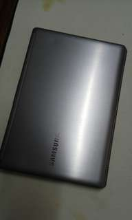 Thin Samsung sliver i5 touch screen!