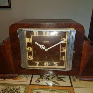 Eight days, Junghans clock, well kept and working, purchased from the UK 20 years ago.  Pm for more information.
