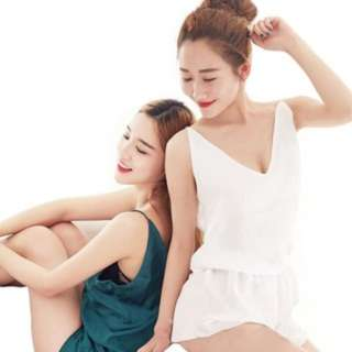 [PO149]1set (2 in 1) Sexy Sleepwear Lace Deep V pajamas Sling Shorts Nightwear set