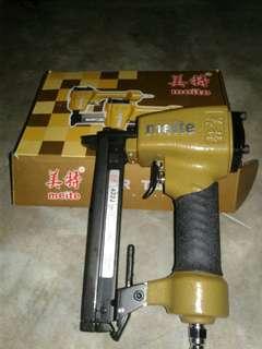 Gun paku tembak type 422J