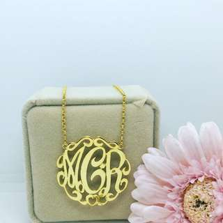 Monogram Necklace in 14kgold
