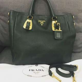 Prada vit daino green army full leather with strap and dustbag