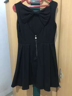 BACKLESS RIBBON BLACK DRESS (PREMIUM with ZIPPER)