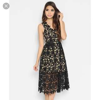Lara J Melisandre Black Lace Dress