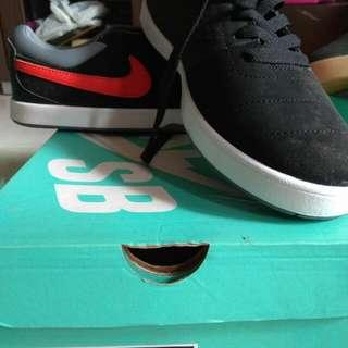 Nike Rabona Black/Red 42 Original