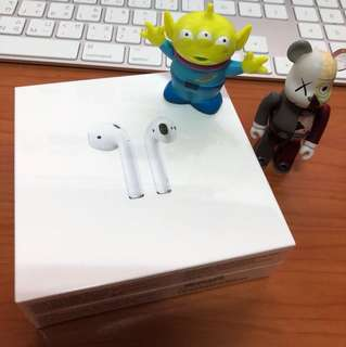 Apple Airpods 全新