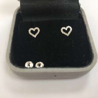0.18ct diamond earrings 18k