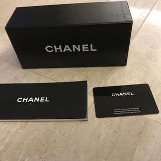 Chanel 眼鏡盒