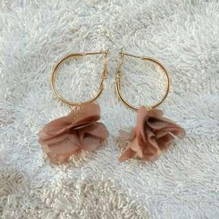 Sophia Flower Earrings
