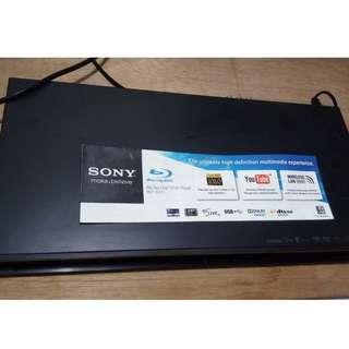 (幫朋友放) SONY BDP-S370 藍光碟機,連搖控