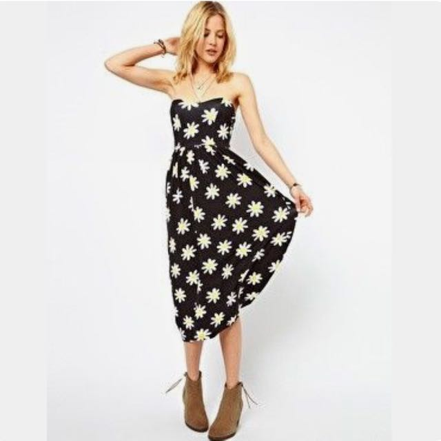 2b68a5332908 ASOS Bandeau Summer Dress in Daisy Print