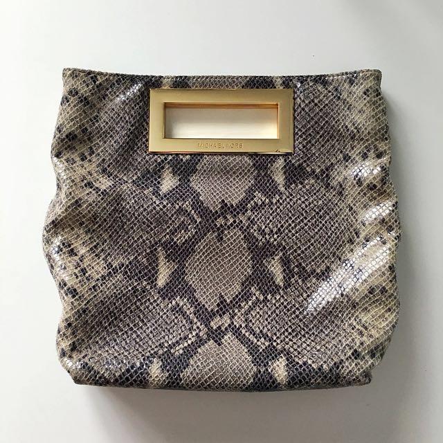 a200e361b83e order authentic michael kors berkley python crossbody clutch bag womens  08417 f2651