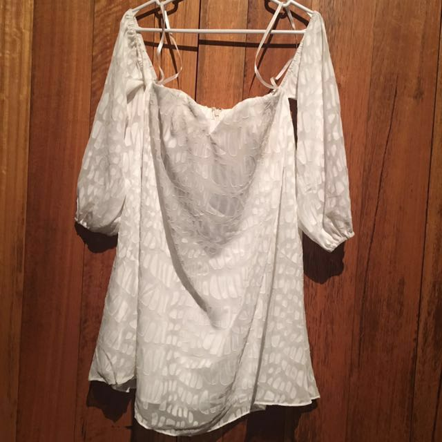 Bariano Off Shoulder Top XS