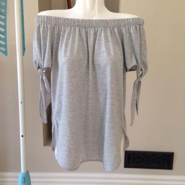 Brand new Bardot top size 8