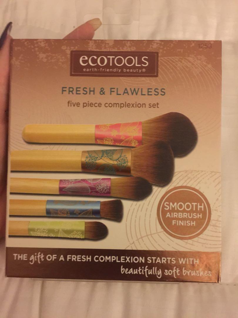 BRAND NEW Ecotools Makeup Brushes