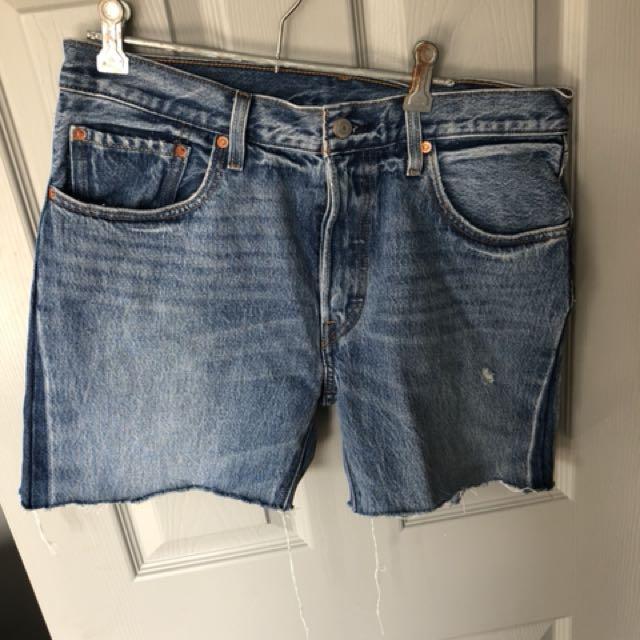 Brand new Levis shorts