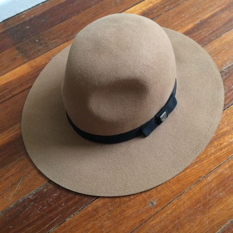 Brixton Womens camel hat