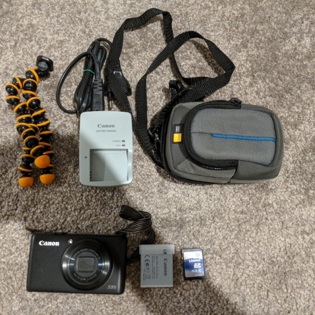 Canon Powershot S95 Camera and accessories - Used