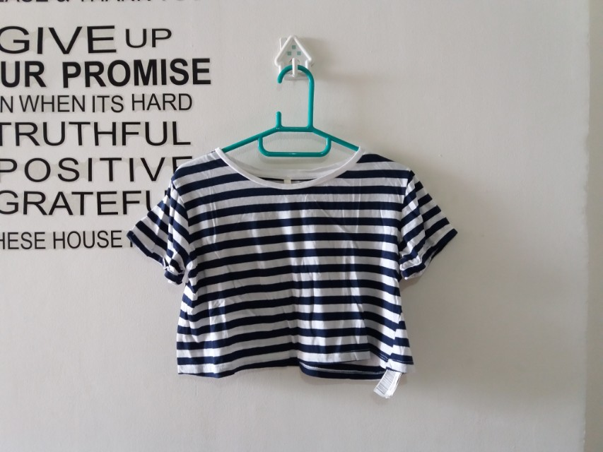 Crop Tee Stradivarious fit to S