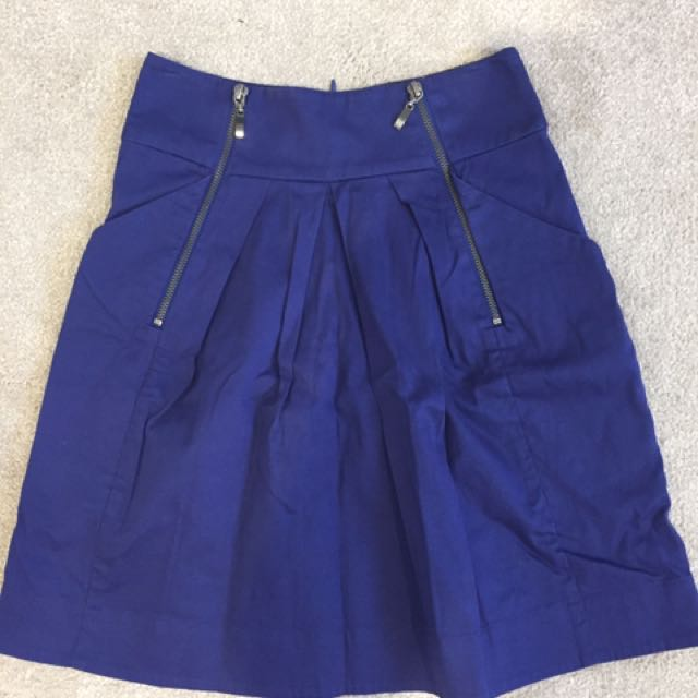 Cue Size 6 navy skirt