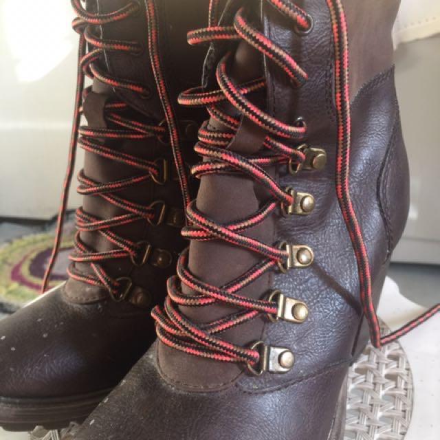 Esprit combat boots