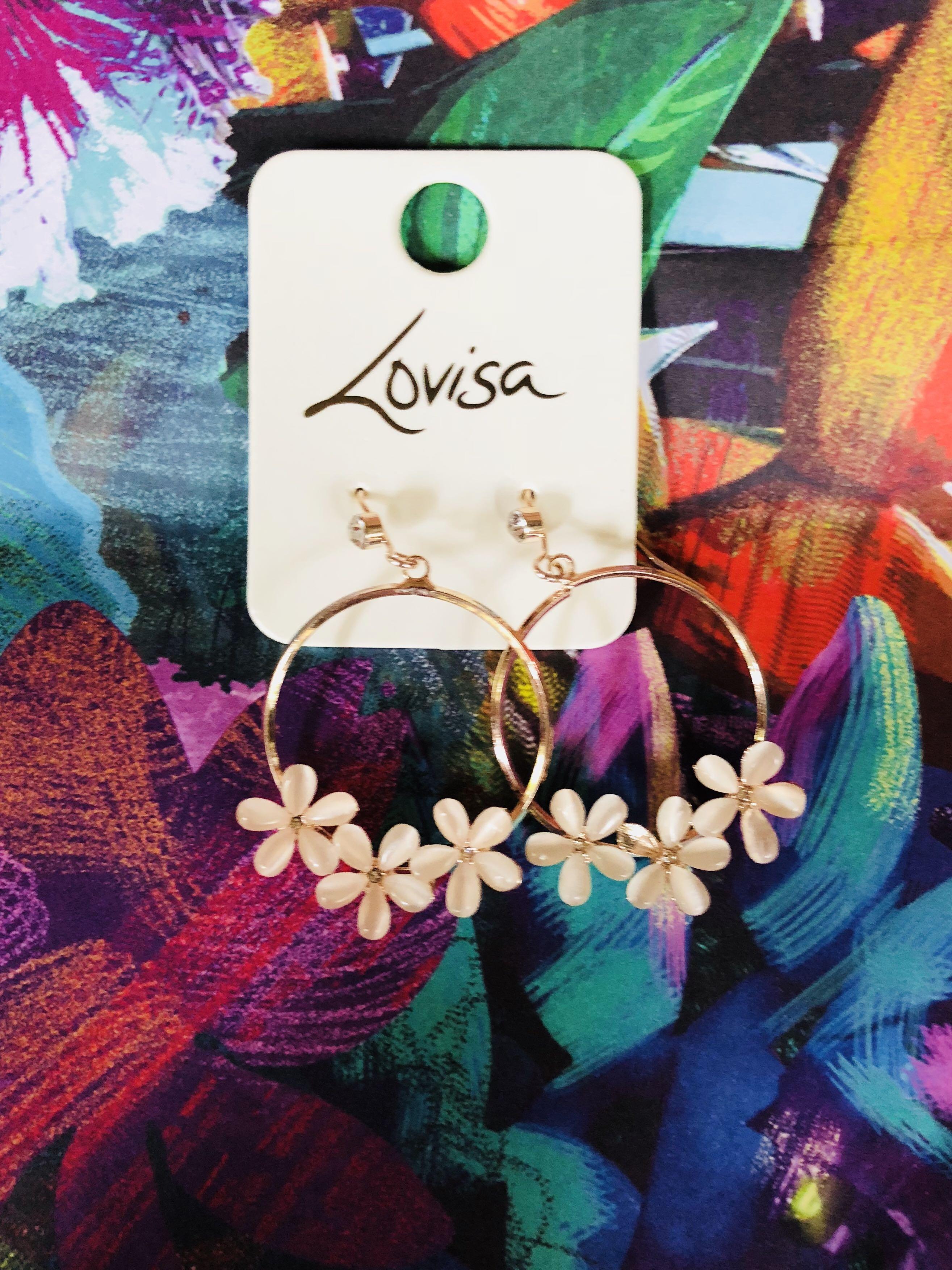 Floral hooped Earrings 💐