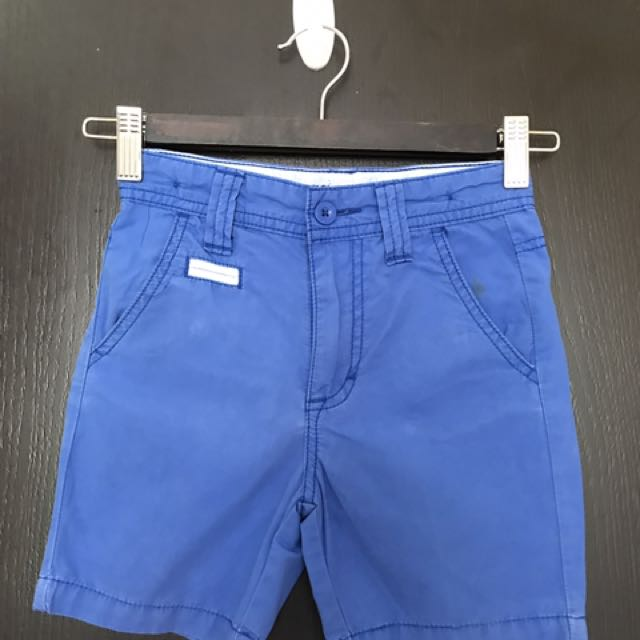 Guess shorts (authentic)