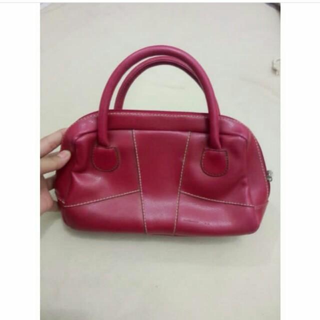 Hand bag merah