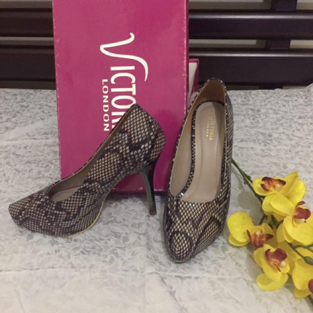 Heels Victoria