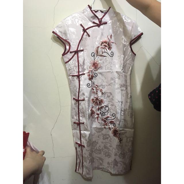 中國旗袍L號-只穿過一次!