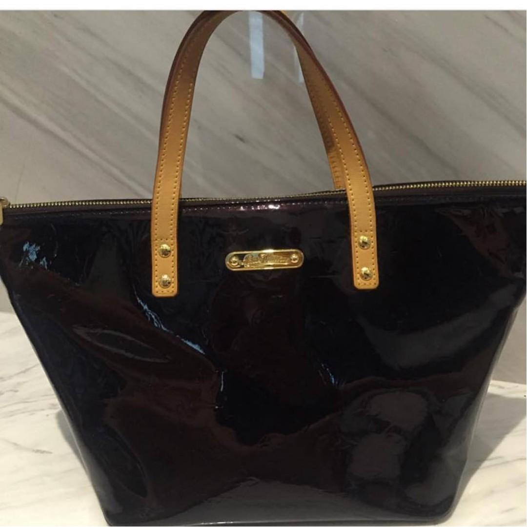 Louis Vuitton Vernis Monogram Bellevue PM Amarante 38ba4c530e220
