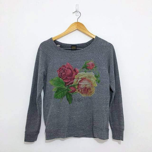 Obey Loose Gray Sweater