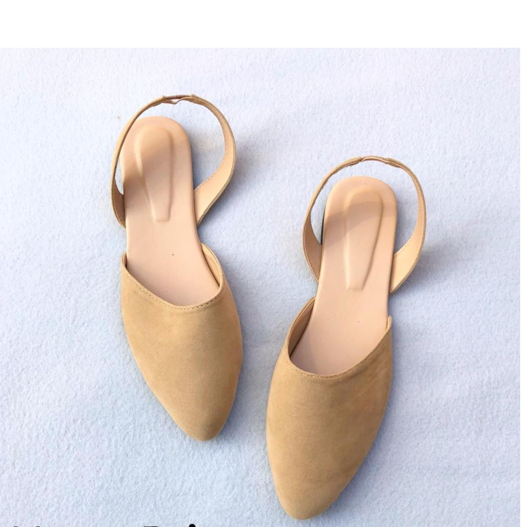 Pointed Suede Flats