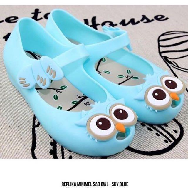 Replika Minimel Sad Owl-Sky Blue