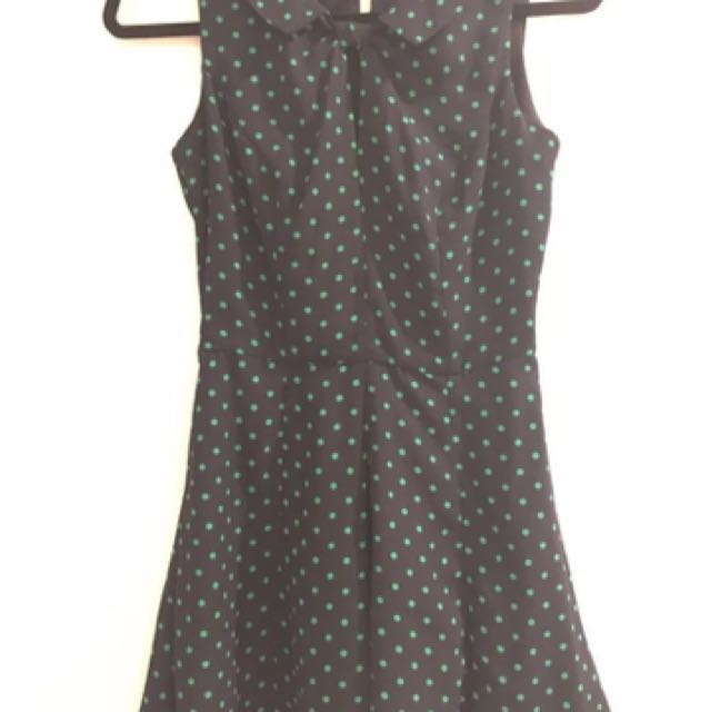Review size 6 Polka Dot playsuit
